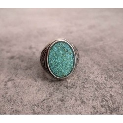 Signet ring gemstone sand