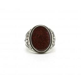 Signet ring gemstone sand